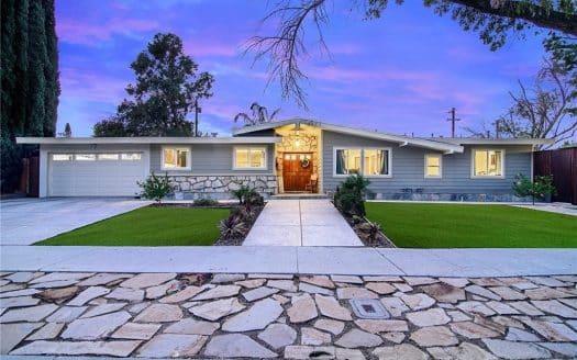 5627 Manton Ave, Woodland Hills, CA 91367